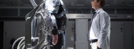 Joel Kinnaman and Gary Oldman in 'Robocop'
