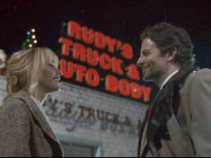 Jennifer Lawrence and Bradley Cooper in 'Joy'