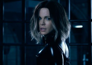 Only the diehard fans of the franchise will like 'Underworld: Blood Wars'